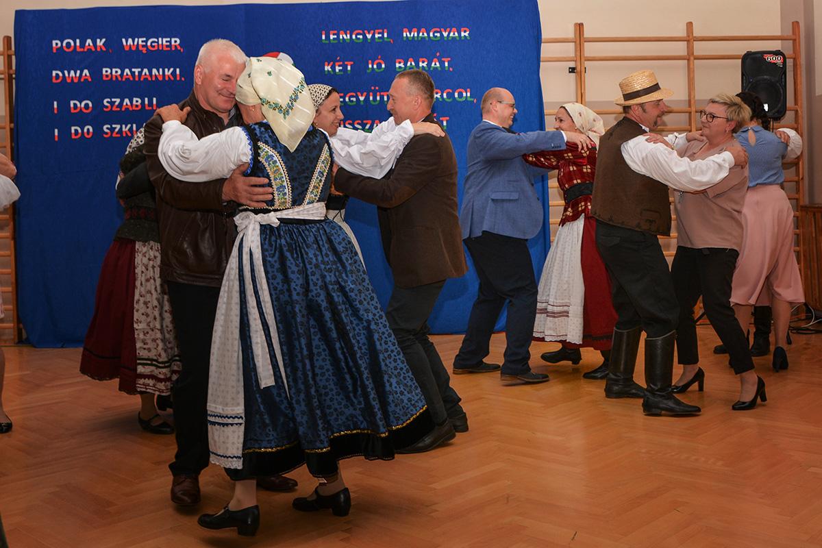 Read more about the article 15 – lecie współpracy Cieszanowa i Diósd