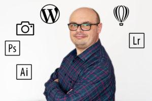 Mariusz Pajączkowski w otoczeniu logotypów aplikacji komputerowych